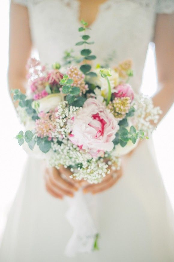 Gorgeous bouquet!  A Beautiful Tagaytay Wedding From Foreveryday Photography