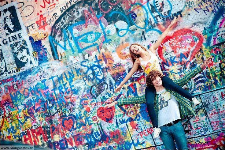 Lennon Wall and pre wedding photography in Prague http://365weddings.info/pre-wedding-photo-shoot/