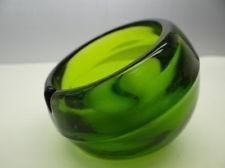 Modern Bowl Shaped Unusual Emerald Green Depression Glass Ashtray