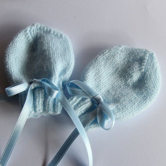 Baby mittens hand-knitted baby gloves newborn by ProjectKnitting