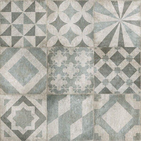 Blauw-grijze patchwork vloertegel met grafische patronen in 60x60, Ook in 20x20 cm te krijgen.Mooi te combineren met een effen bijpassende kleur in 60x60 cm. (48-GE). Tegelhuys Wijhe.