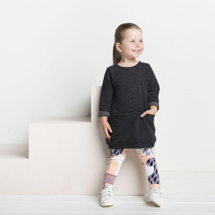 PUPU junior trikooleggings, bellini | NOSH verkkokauppa | Tutustu nyt lasten syksyn 2017 mallistoon ja sen uuteen PUPU vaatteisiin. Ihastu myös tuttuihin printteihin uusissa lämpimissä sävyissä. Tilaa omat tuotteesi NOSH vaatekutsuilla, edustajalta tai verkosta >> nosh.fi (This collection is available only in Finland)