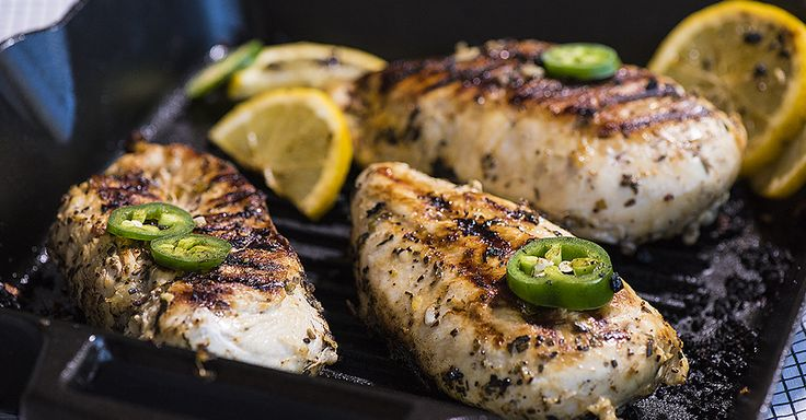 """Inspired By A Windy City Recipe, This """"Chicago"""" Chicken Is Loaded With Flavor!"""