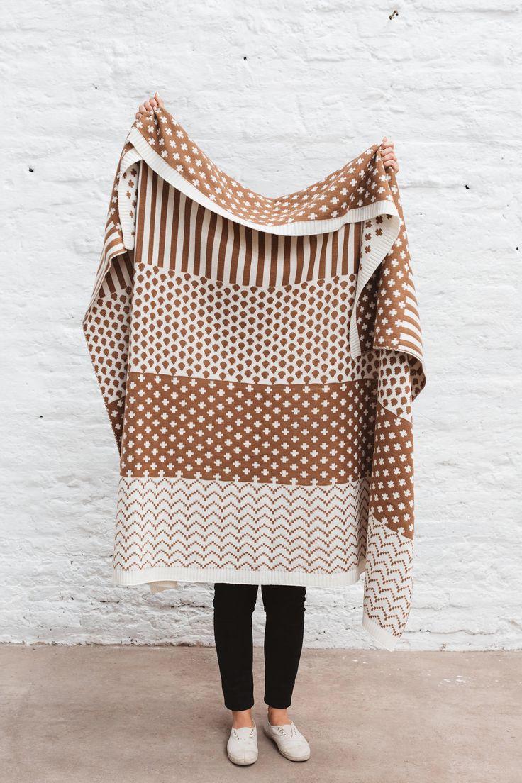 Lavorato a maglia coperta di lana, maglia di lana coperta, coperta sovradimensionata, divano maglia coperta, coperta di lana accogliente, accogliente Throw coperta, grande maglia coperta di MinkaInhouse su Etsy https://www.etsy.com/it/listing/252511701/lavorato-a-maglia-coperta-di-lana-maglia
