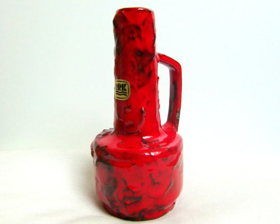 Beautiful red vase manufactured in West Germany in 1960s by Rhein Ruhr Keramik (RRK).  Model 333  In excellent condition. A great decorative