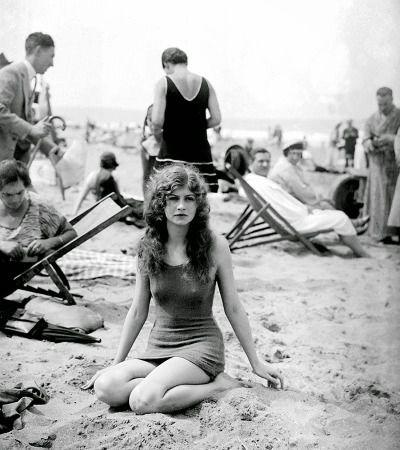 1925. Par Maurice branger. Deauville, France
