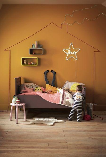 Leuk idee: #huis op de muur op #kinderkamer