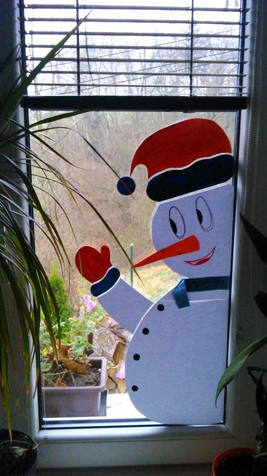 sněhulák za okno