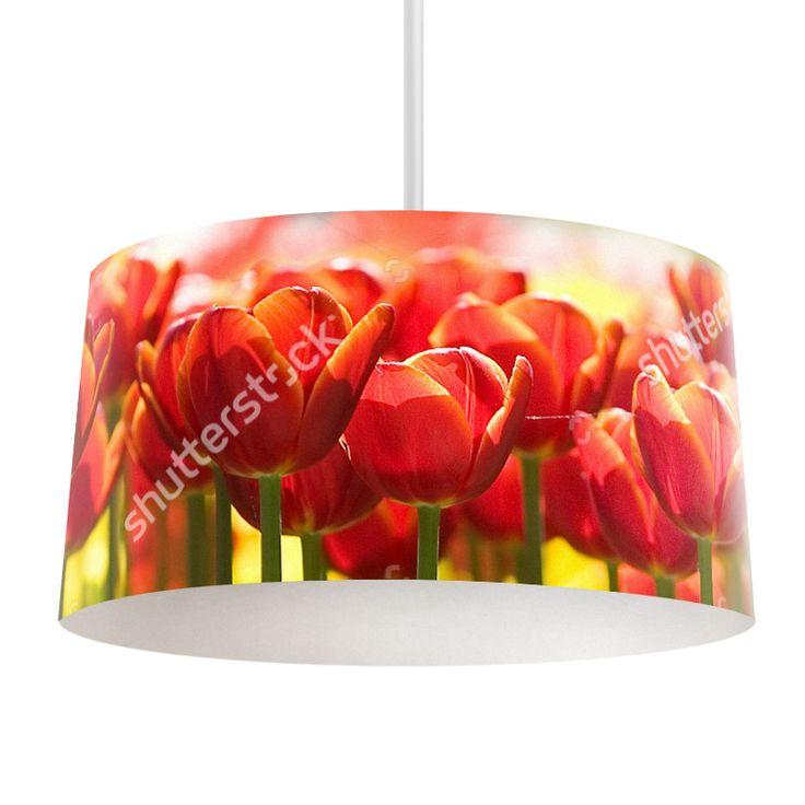 Lampenkap Rode tulpen | Bestel lampenkappen voorzien van digitale print op hoogwaardige kunststof vandaag nog bij YouPri. Verkrijgbaar in verschillende maten en geschikt voor diverse ruimtes. Te bestellen met een eigen afbeelding of een print uit onze collectie. #lampenkap #lampenkappen #lamp #interieur #interieurdesign #woonruimte #slaapkamer #maken #pimpen #diy #modern #bekleden #design #foto #tulpen #natuur #rood #holland #nederland #tulp #bloem #bloemen