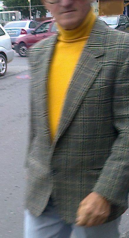 Old guy rocking that pattern!