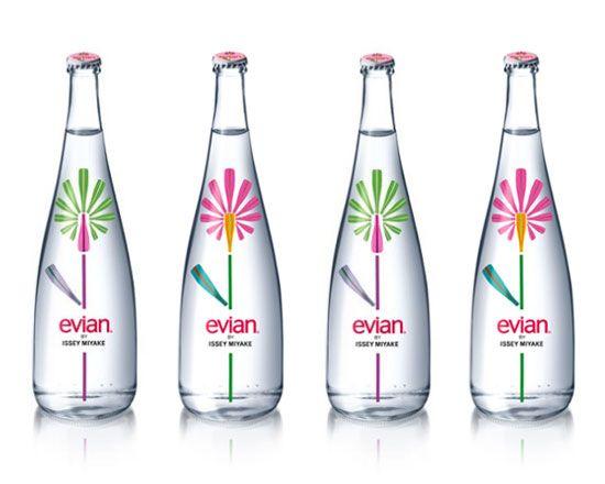 \\Water Bottle, Flower Pattern