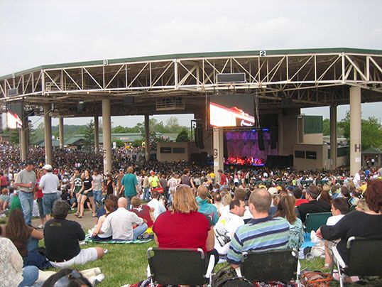 Klipsch Music Center N 233 E Verizon Wireless Music Center