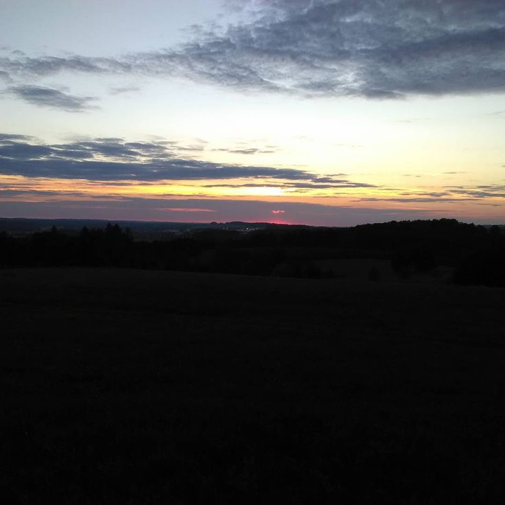 Evening walk.  #evening #sunset #walk #outdoor #dogs #sundown #endoftheday #beautiful #nature #tomorrow #petersaccessories