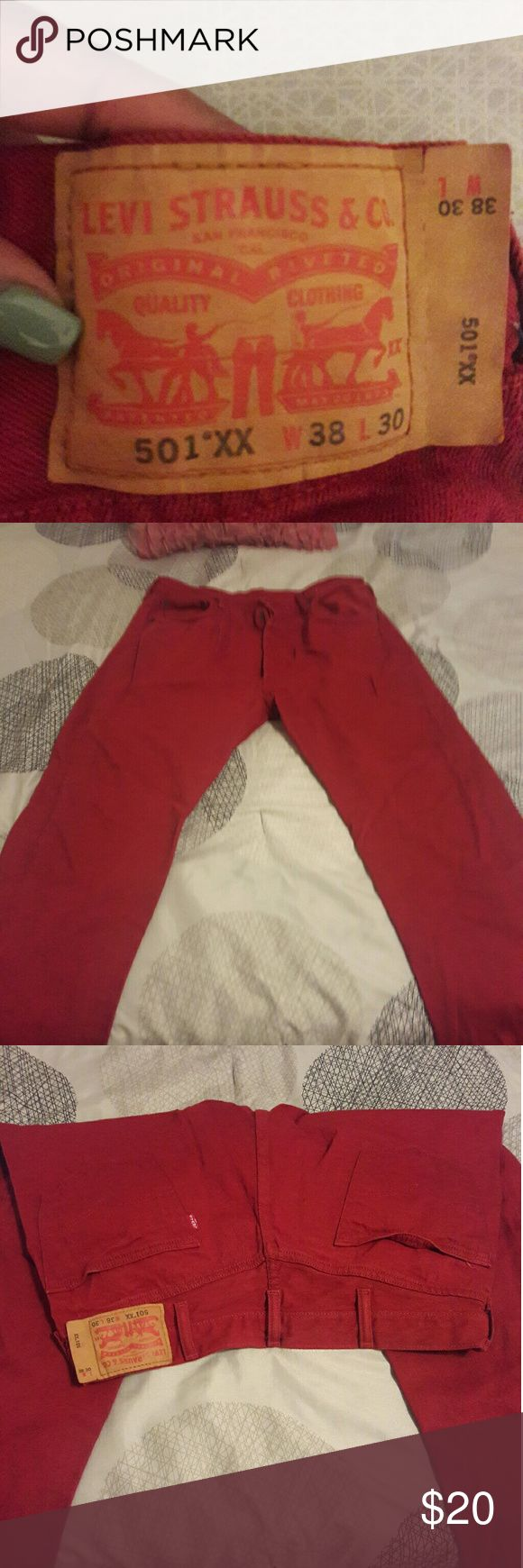 LOWEST PRICE LISTED...Mens levi jeans Gently used mens levis...size 38/30 Levi's Jeans Straight