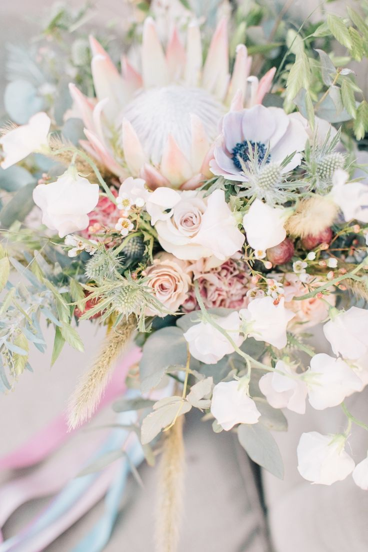 Modern Chic Wedding Inspiration For The Hopeless
