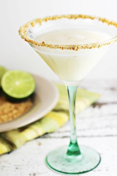 Coconut-Key Lime Pie Martini Cocktail Recipe