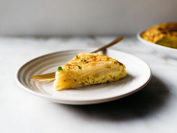 Spanish Potato Omelet (Tortilla a la Espanola)