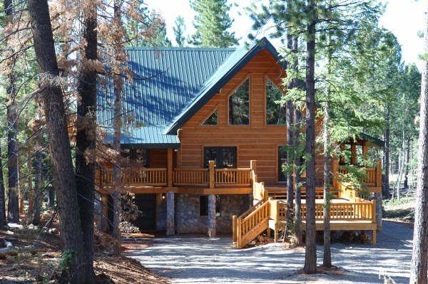 Log cabin exterior paint colors log cabin exterior paint for Log cabin exterior stain colors