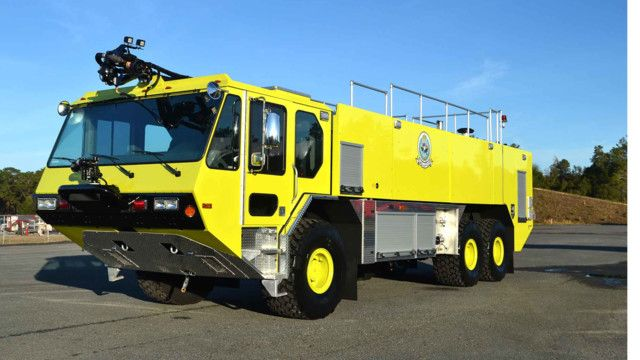 E-ONE recently delivered an E-ONE P711 6X6 Titan Force Aircraft Rescue Firefighting (ARFF) vehicle to Vinnell Arabia. - #ARFF #Rescue #Setcom #Fire #FireDept #Apparatus #Firefighting new deliveries