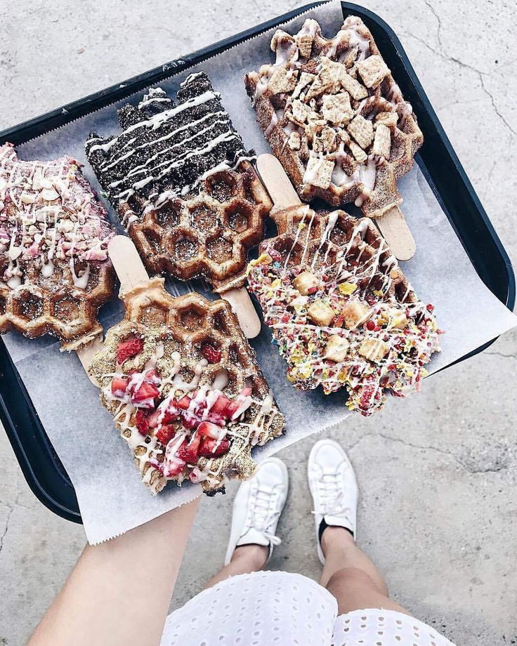 "890 Me gusta, 5 comentarios - Oh Its Perfect (@ohitsperfect) en Instagram: ""Live on the EDIT ✨Fabulous Friday-Waffle Pops // move over, cake pops-there's a new kid in town!…"""