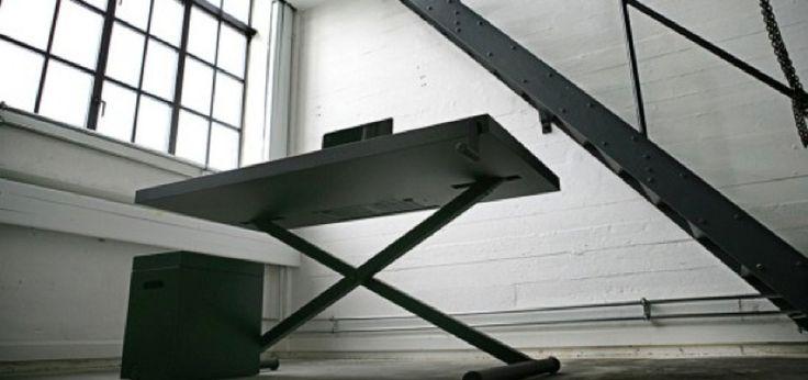 Xtable by KiBiSi. Framtidens enkelhet - finurligt dansk skrivbord Kontorsinredning hos Danish Form