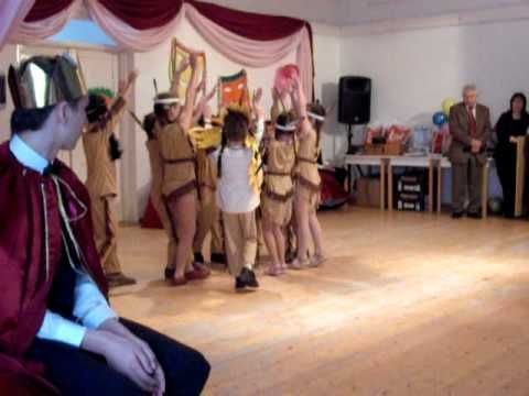 Indiántánc Farsang 2011. 1. osztály