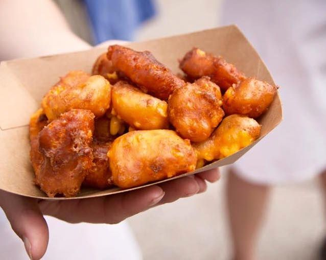 Is there a better way to enjoy cheese than fried? We don't think so. Here are the Wisconsin restaurants that make some awesome cheese curds. | 10 Best Places for Wisconsin Cheese Curds