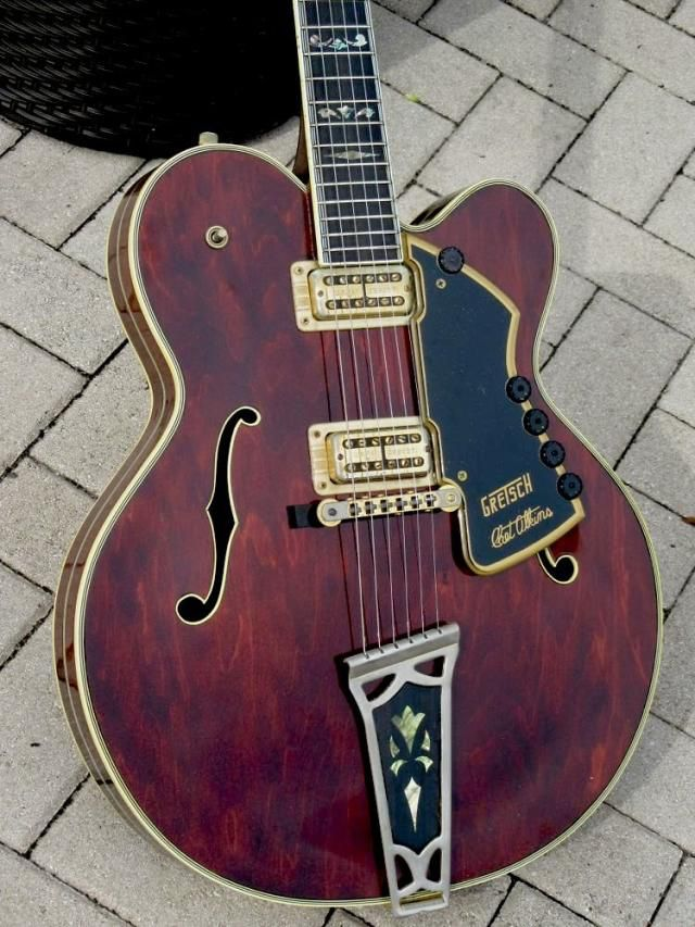 1972 Gretsch 7691 Super Chet in Walnut