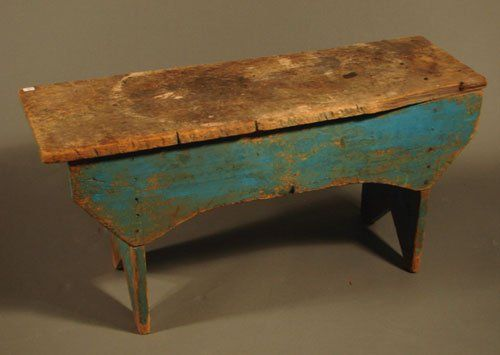 Wow, great old primative bench  ****Antiques Primitives, Antiques Wooden, Benches Painting, Antiques Country, Painting Blue, Primitives Benches, Prim Benches, Primative Benches, Country Primitives