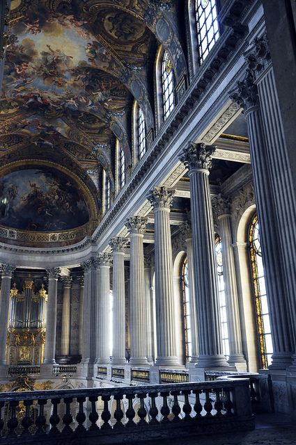 Palace of Versailles, Paris - go back and actually get to see the whole hall of mirrors