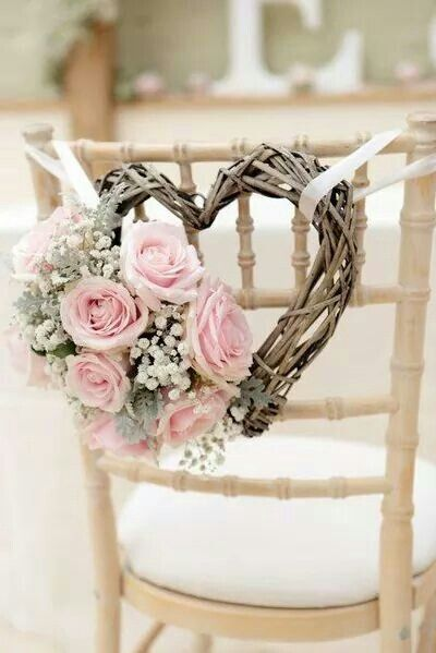 Perfectly romantic chair deco for wedding, DIY do-able roses, willow, baby breath, pink