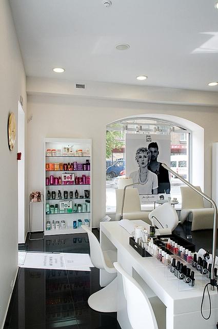 52 best salon images on pinterest beauty salons hair - Salons internationaux ...