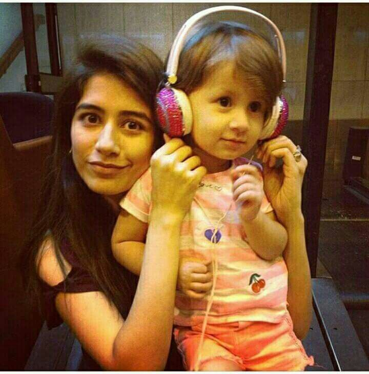 Syra with daughter