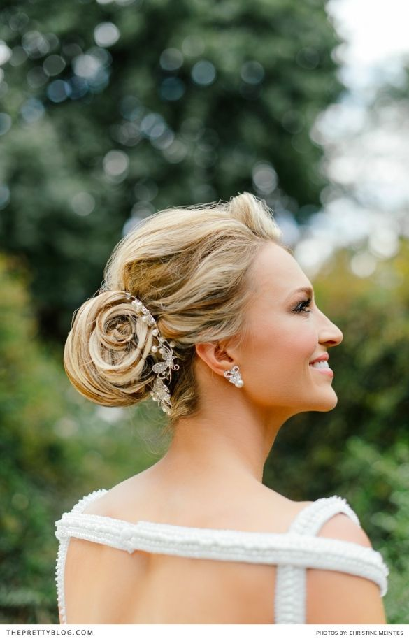 Beautiful up-do idea from Melinda Bam's wedding day | now on theprettyblog.com | Photographer: Christine Meintjes Photography | Make-up: Beauty & the brush | Make-up: Make-up by Dyllon | Hair: Gary Rom Hair | Wedding Dress: Bondesio Couture |