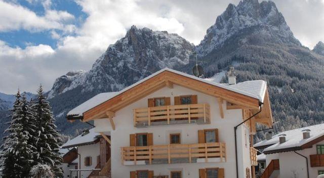 Ciasa Rasom - #Apartments - $125 - #Hotels #Italy #PozzadiFassa http://www.justigo.uk/hotels/italy/pozza-di-fassa/ciasa-rasom_161536.html