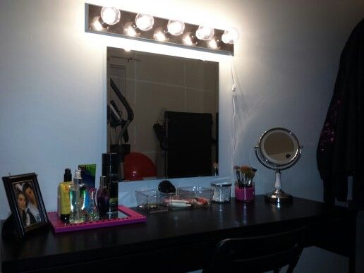 Diy Vanity Mirror With Rope Lights : 17 Best images about Vanity