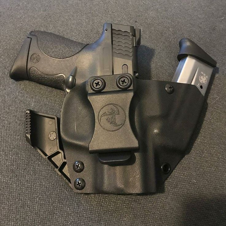 Holster love from @tacticalvalor My new edc from @anrdesignllc for my smith and wesson shield 9mm  #anrdesign  Alexandryandesign.com
