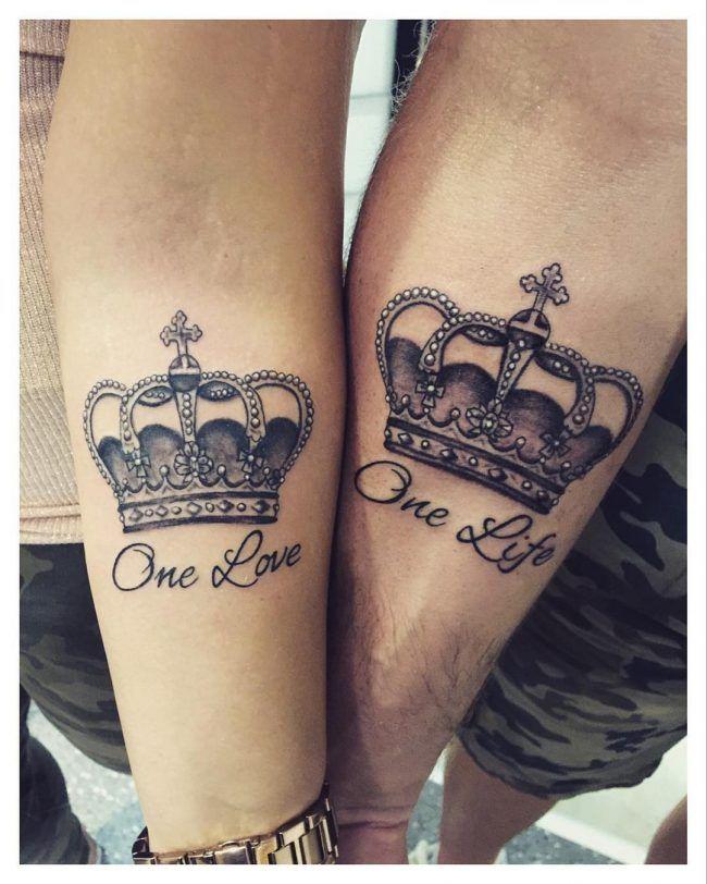0c3efa1ab 80+ Noble Crown Tattoo-Designs - Gönnen Sie sich wie Royalty #crown #designs  #gonnen #noble #royalty #tattoo