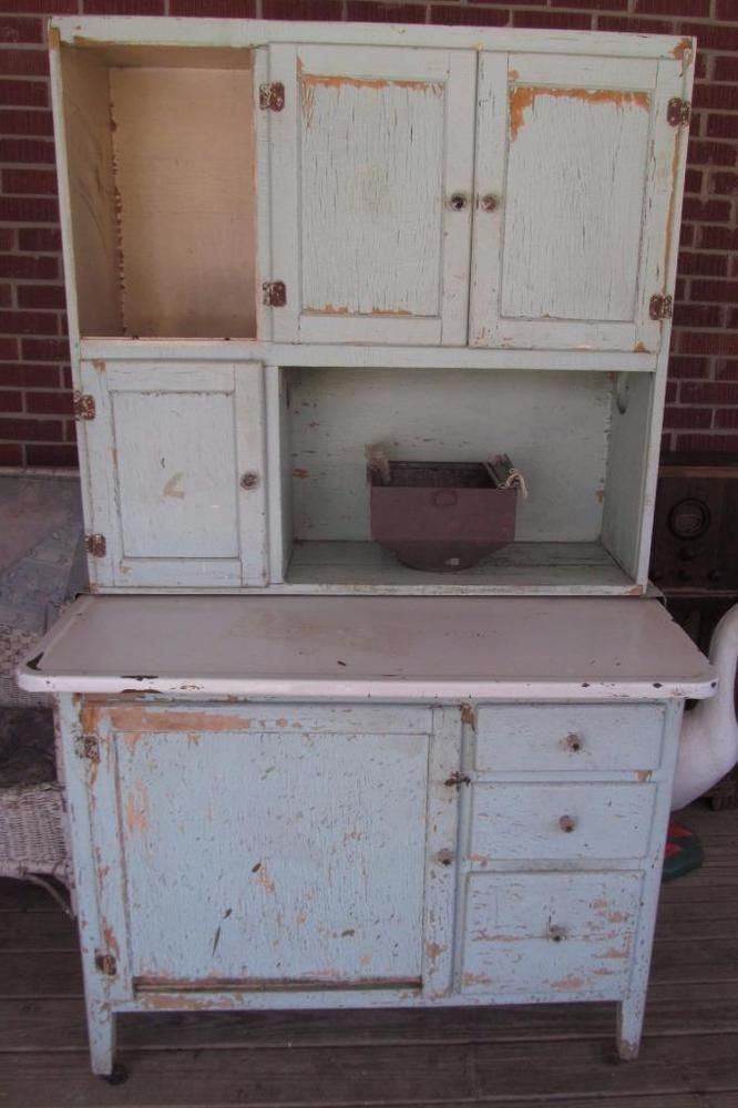 Antique ivy green farmhouse kitchen hoosier cabinet flour for Antique kitchen cabinets with flour sifter