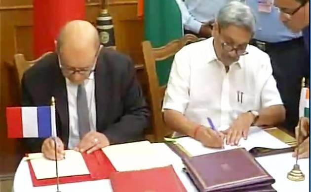 Watch video India and France ink deal for 36 Rafale fighter jets - News Nation