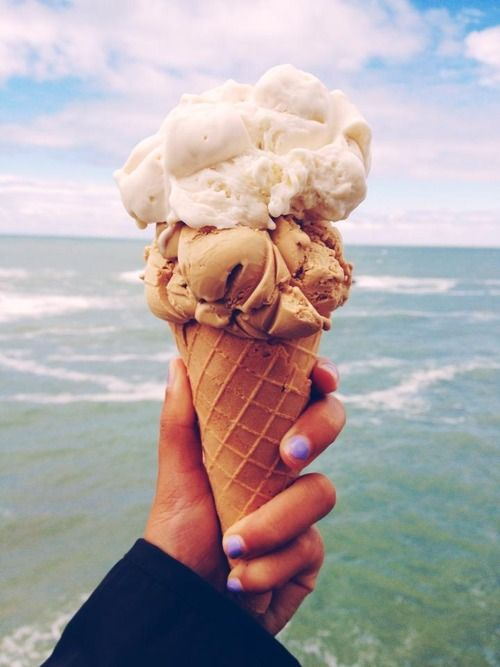 "(Closed Date RP: Aubree and Dan) ""Dan, would you like to go to the beach and get ice cream for the date?"""