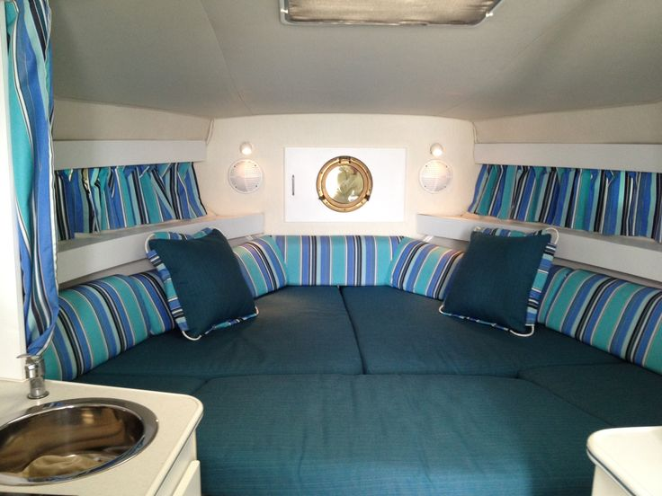 Bright And Cheerful Boat Bedding Using Sunbrella Dupione Deep Sea And Dolce  Oasis Fabrics