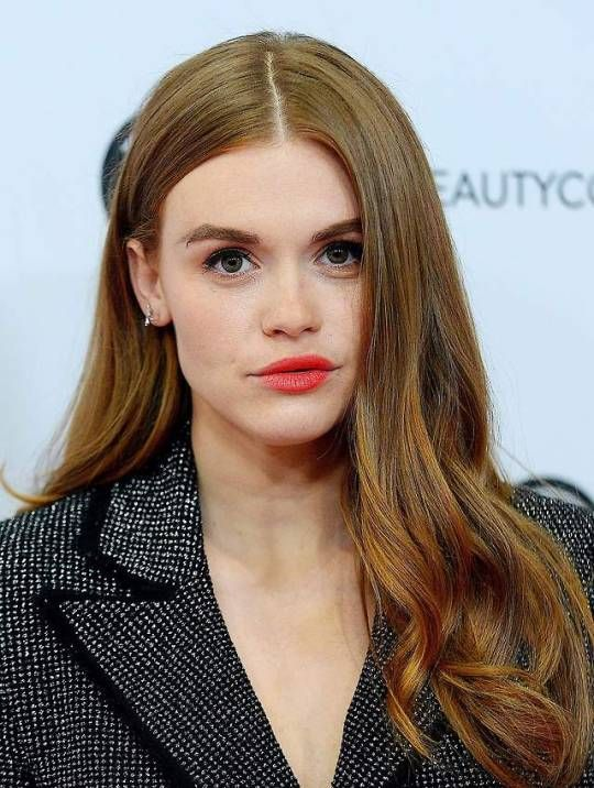 Holland Roden attends the BeautyCon Festival in Los ...