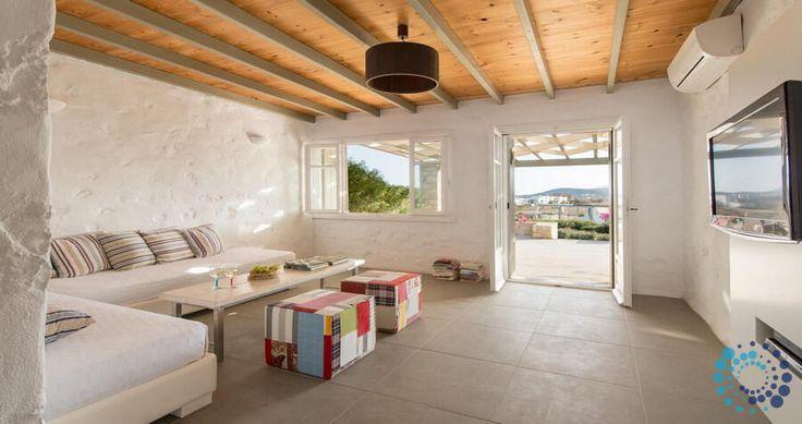 "Welcome to the ""Villa Delphinia"" in Paros, Greece. Your #luxury #villa #rent #greece #greek #island #vacances #grece #mygreekvilla #alouer"
