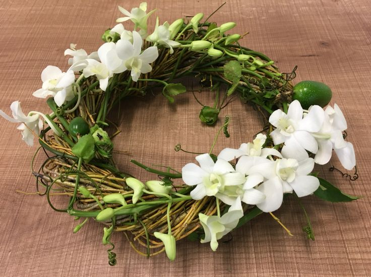 Natural wreath fully biodegradable