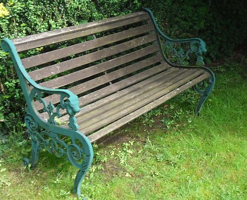 garden bench lion feature can get from wilkos v cheap. Black Bedroom Furniture Sets. Home Design Ideas