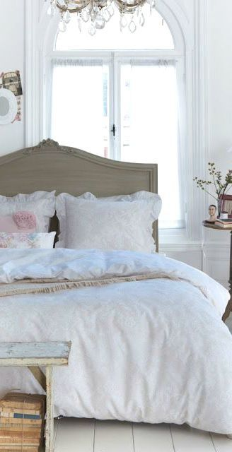 Best 25 Shabby bedroom ideas only on Pinterest Shabby chic beds