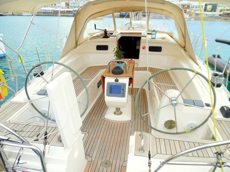 Travel with comfort and luxury with #Blu boat! Travel with our #sailing boat and live the dream! sailingtheblu@gmail.com