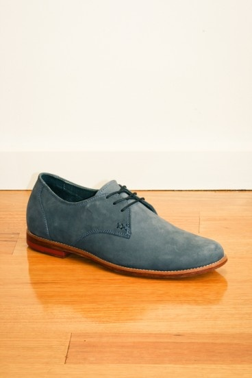 Handmade nubuck leather shoe in cobalt by Meandher