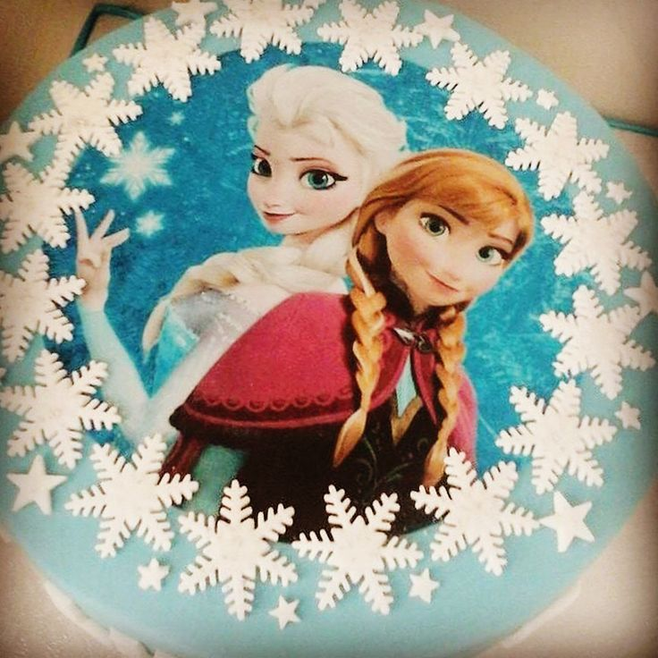 A basic #Frozen cake for a #birthday!